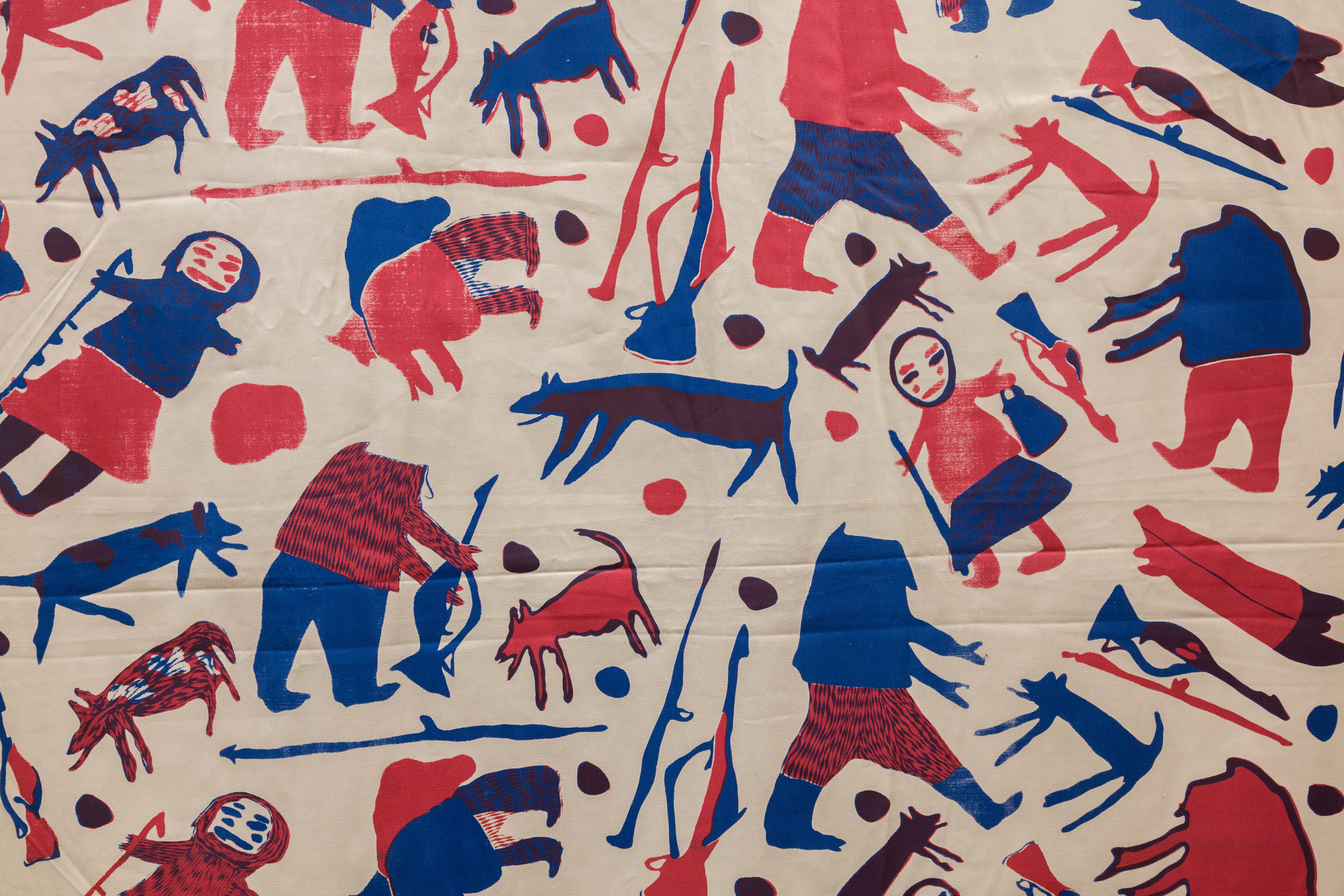ᖃᓪᓗᓈᖅᑕᐃᑦ ᓯᑯᓯᓛᕐᒥᑦ Printed Textiles from Kinngait Studios